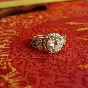 Engagement/Wedding Ring size 7